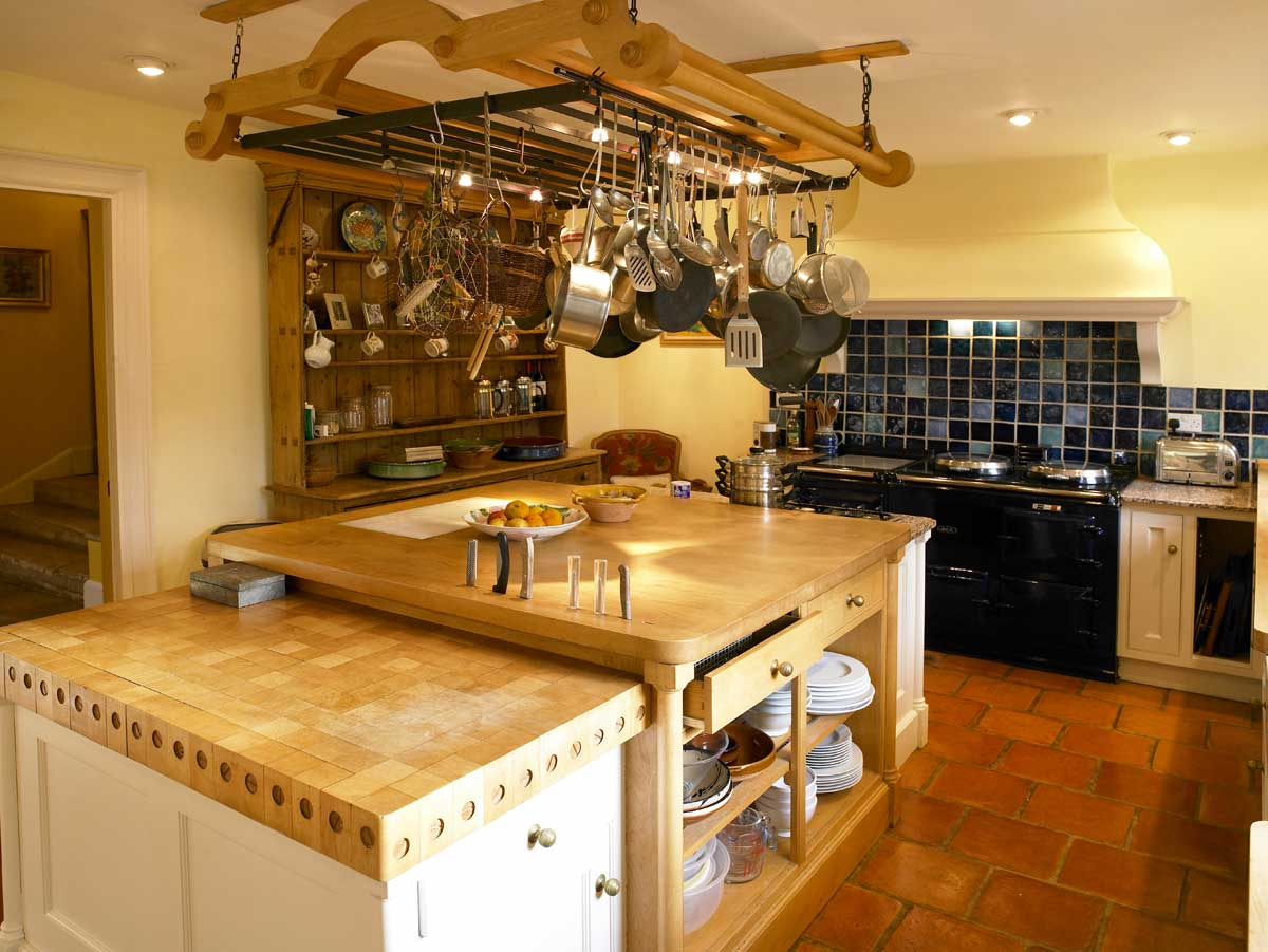 Farmhouse-Kitchen-Matara